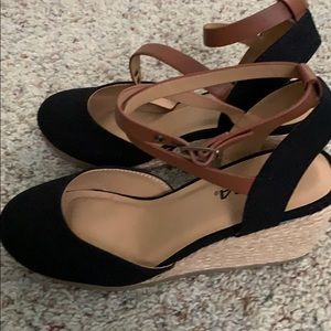 Black wedges with brown strap